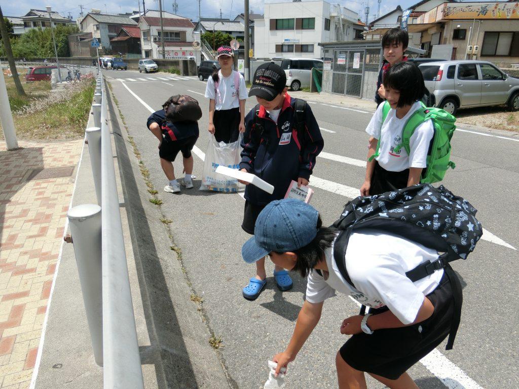 岐阜県神戸中学校によるゴミ拾い