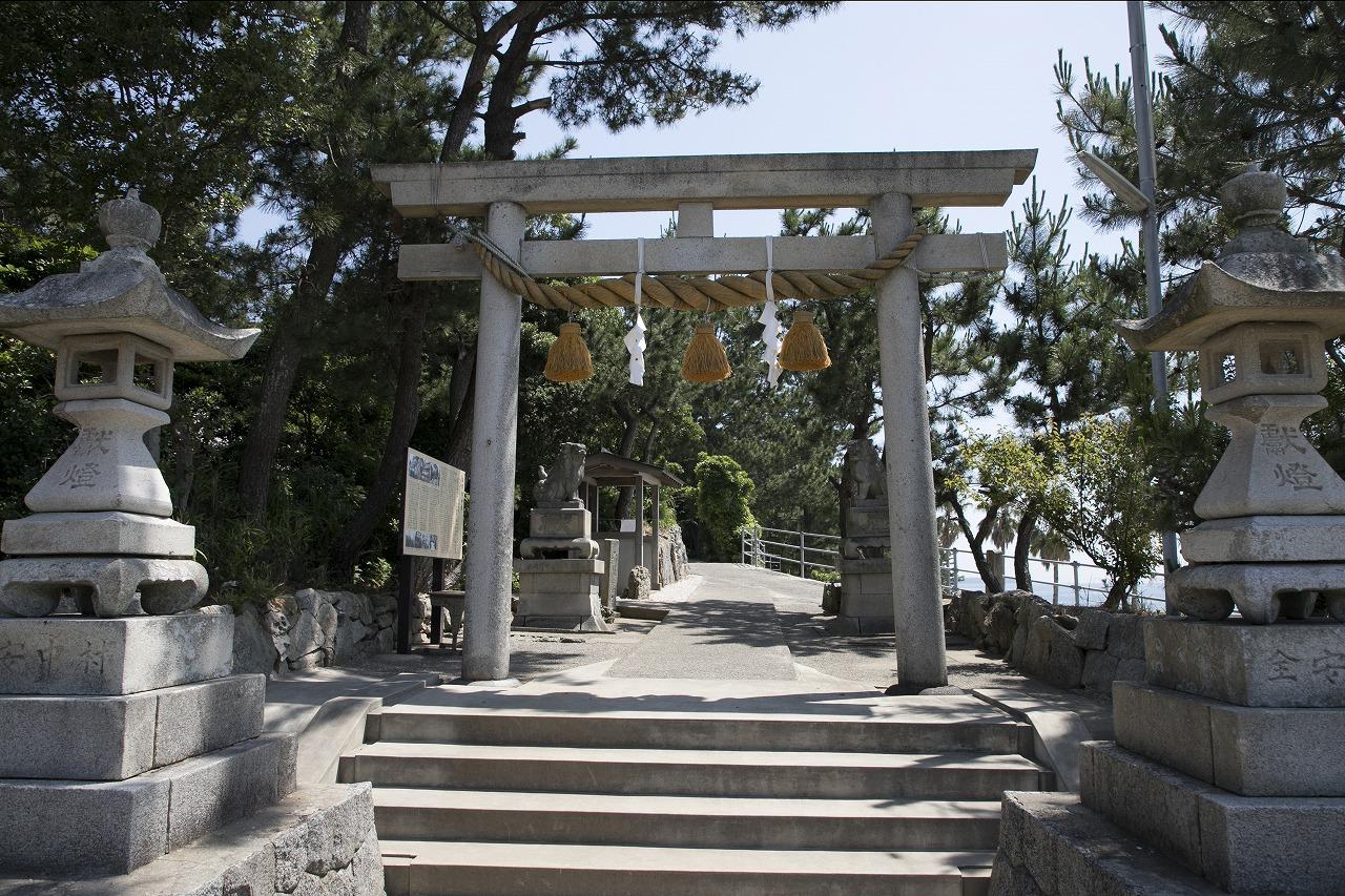 日間賀島神社